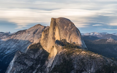 Half_Dome_from_Glacier_Point,_Yosemite_NP_-_Diliff